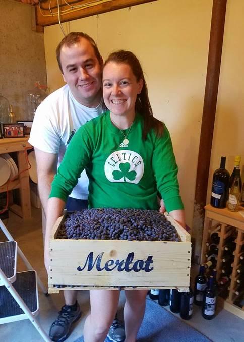 R Dee Winery_Winemaking_Women Winemaker_Connecticut_Connecticut Wine_Wine_Wine tasting