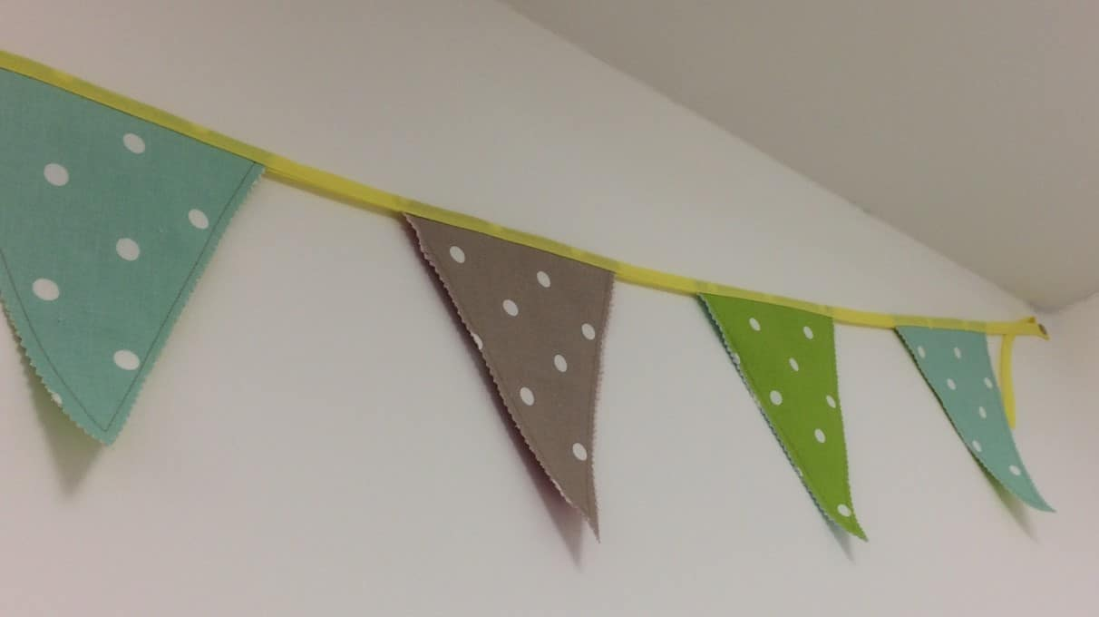 Young Sewers Bunting