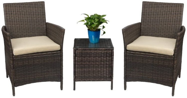 outdoor staging decor