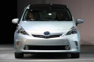 2012-Toyota-Prius-V-At-2011-Detroit-Auto-Show-5-1024x680