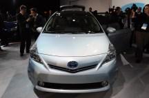 2012-Toyota-Prius-V-At-2011-Detroit-Auto-Show-7-1024x680