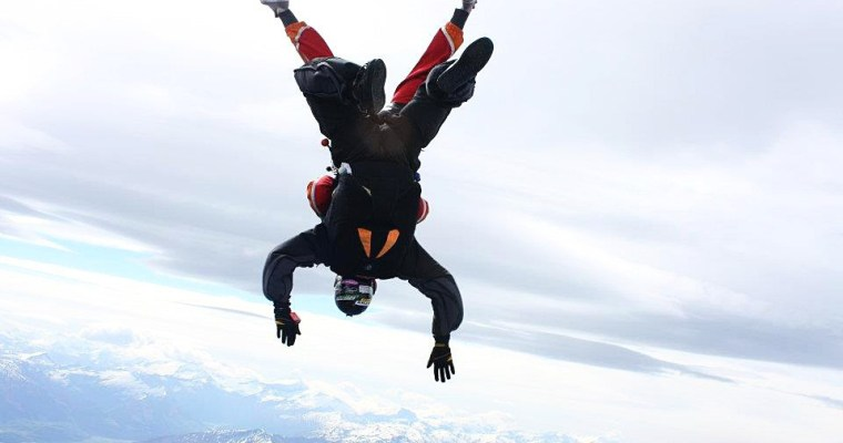 """Skydiving – The Ultimate """"Take The Leap"""""""