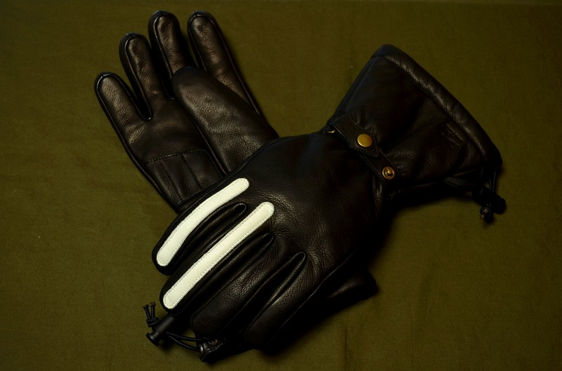 2Lines Winter Glove