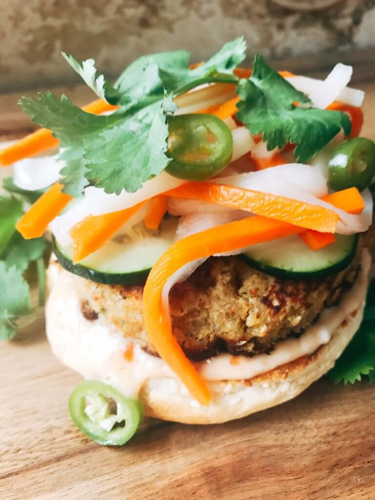 Sweet Chili Banh Mi Vegetarian Burgers - Simple ideas and tips for Hosting a Patriotic Party including the menu we served! Chicken and Vegetarian Banh Mi Burgers featuring sweet chili sauce, Vietnamese Pickled Vegetable Rice Noodle Salad, BLT Panzanella, and Raspberry Rose (Frose) Popsicles. A perfect summer BBQ or grilling dinner party theme to celebrate the USA and American heritage. Hosting a Patriotic Party | Three Olives Branch | www.threeolivesbranch.com