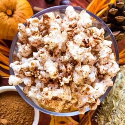 Homemade Pumpkin Spice Popcorn
