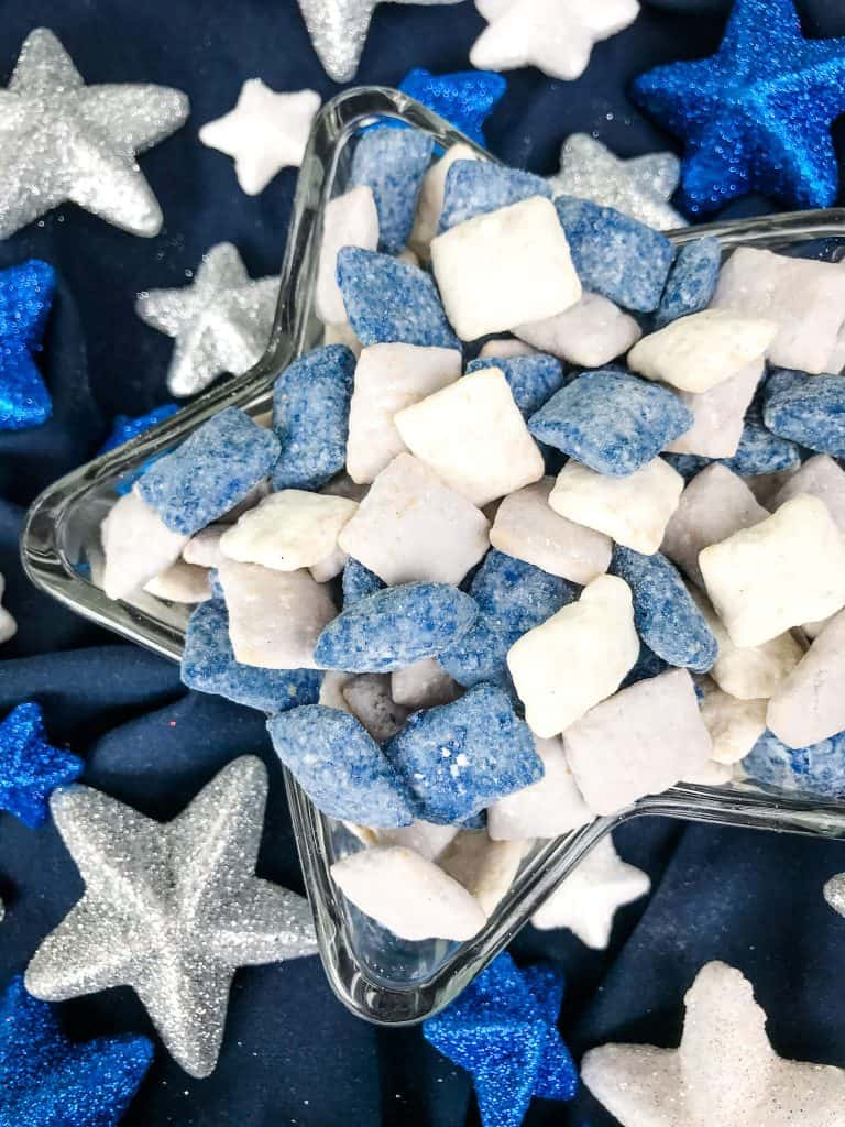 Close up of Dallas Cowboys Puppy Chow in a star dish