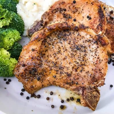 Peppercorn Garlic Pork Chops