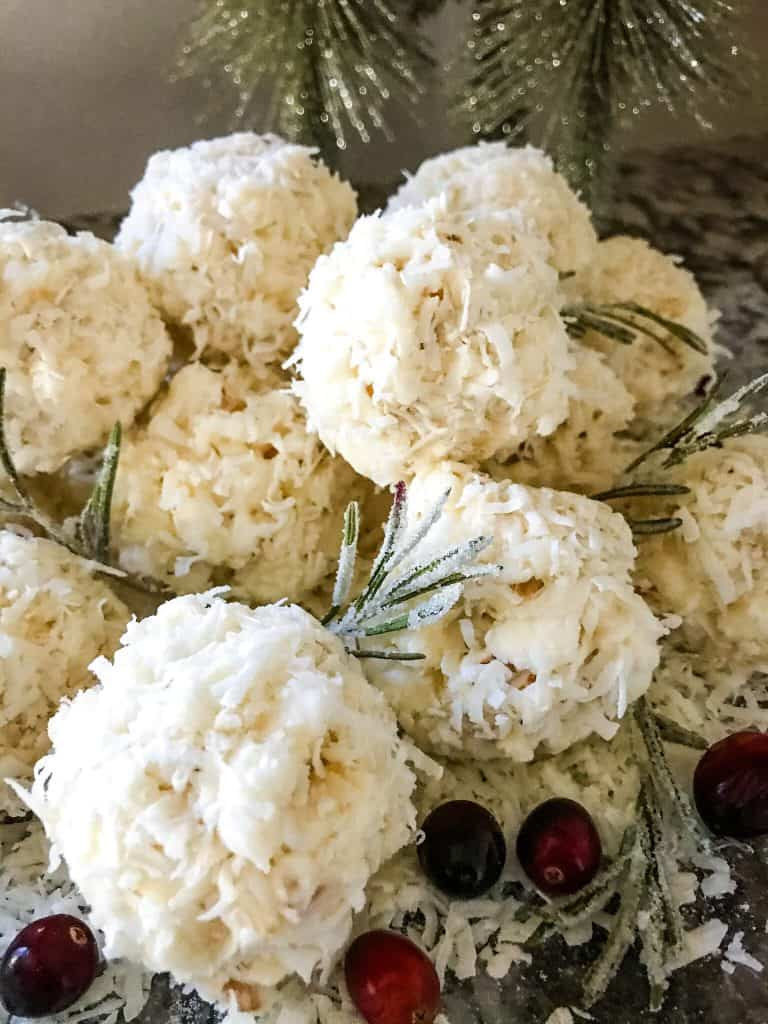 Round winter dessert balls made with white chocolate and coconut