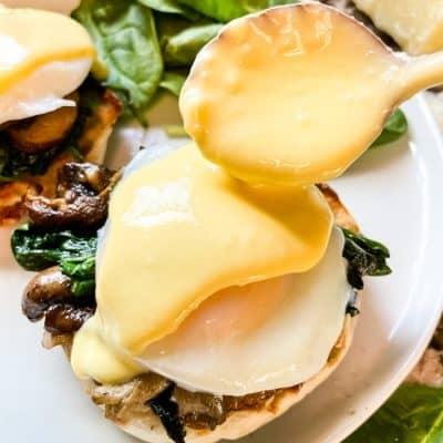 Eggs Florentine Benedict