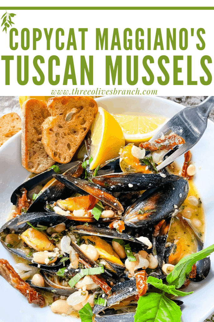 Pin image of a fork digging into a bowl of Copycat Maggiano's Tuscan Mussels with title at top