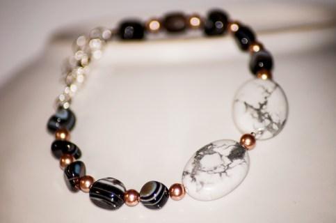 Elegant howlite and banded agate bracelet.