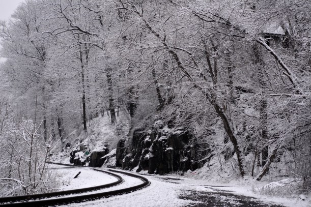 Curve just before coming into Ellicott City Photo by Mike Hartley