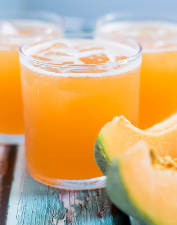 Cantaloupe agua fresca or agua de melon is one of the most delicious beverages you could serve this summer! Aguas frescas are usually made from fruit and are popular throughout Mexico.