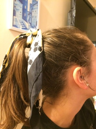 My friend Jess models here- pearl earings too!