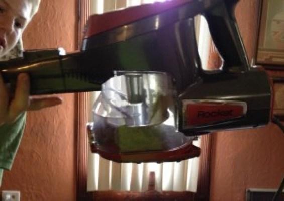 Shark Rocket Vacuum Review3