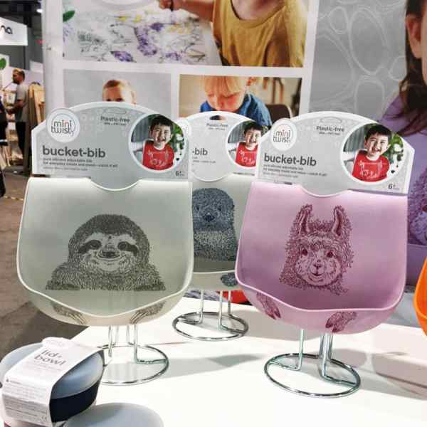 Mini Twist Bucket Bib | 65 Top Baby Products for 2018 from the ABC Kids Expo