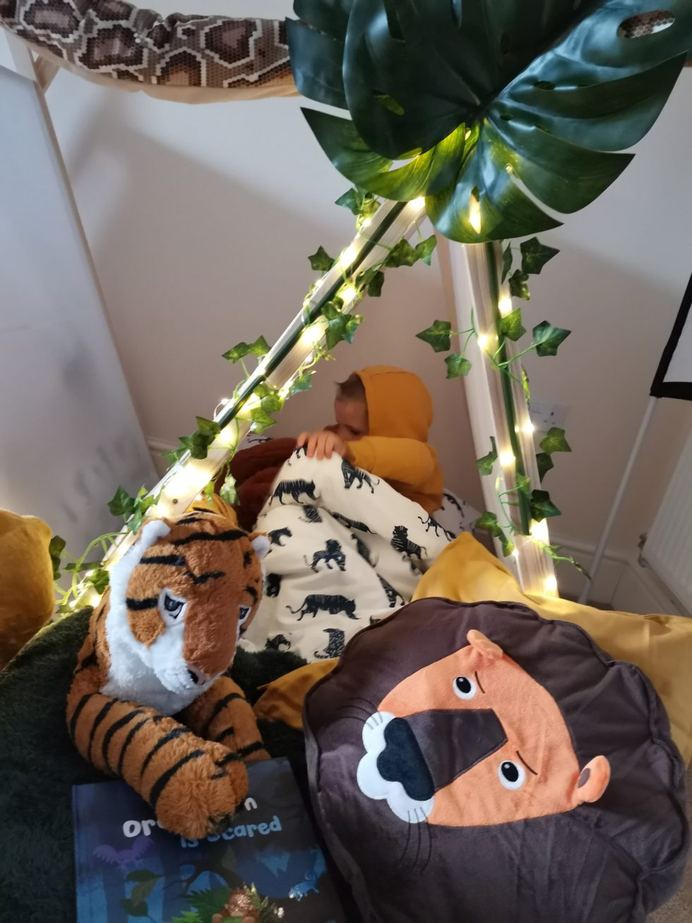bunny and the bell teepee hire jungle animals