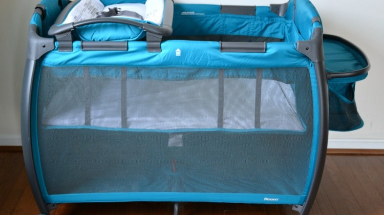 2017 Joovy Room Playard and Nursery Center Review