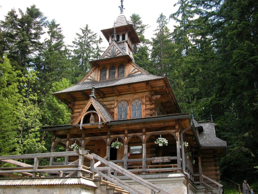 Church constructed entirely out of wood