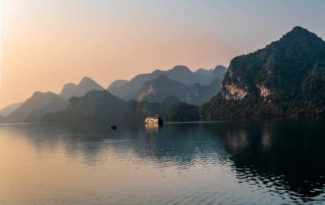 ha long bay best cheap travel destinations