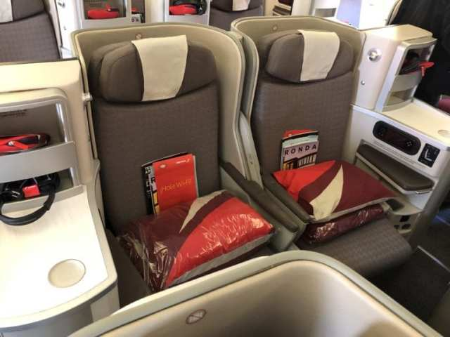 Iberia honeymoon seats