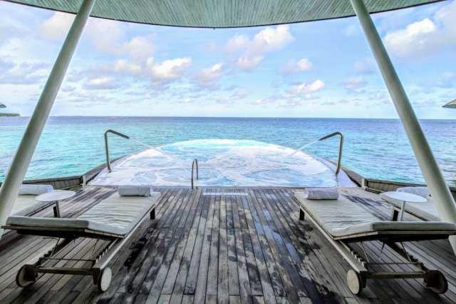 St Regis Maldives Blue Hole