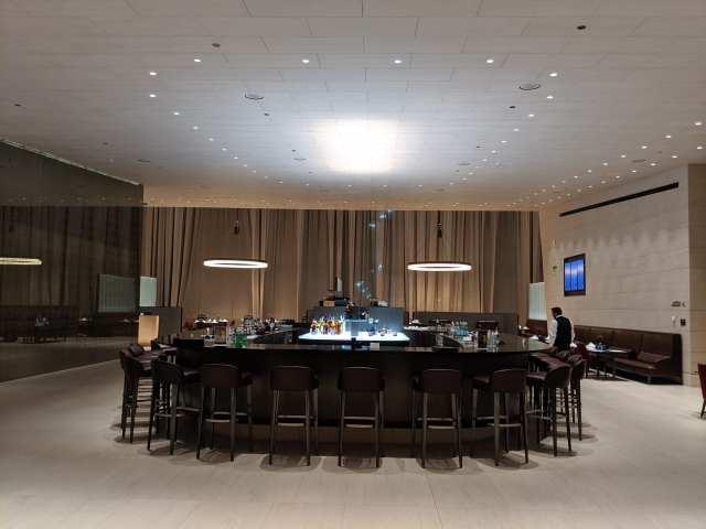 qatar airways al safwa dining