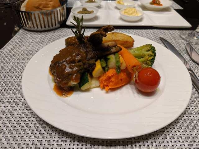qatar airways al safwa food
