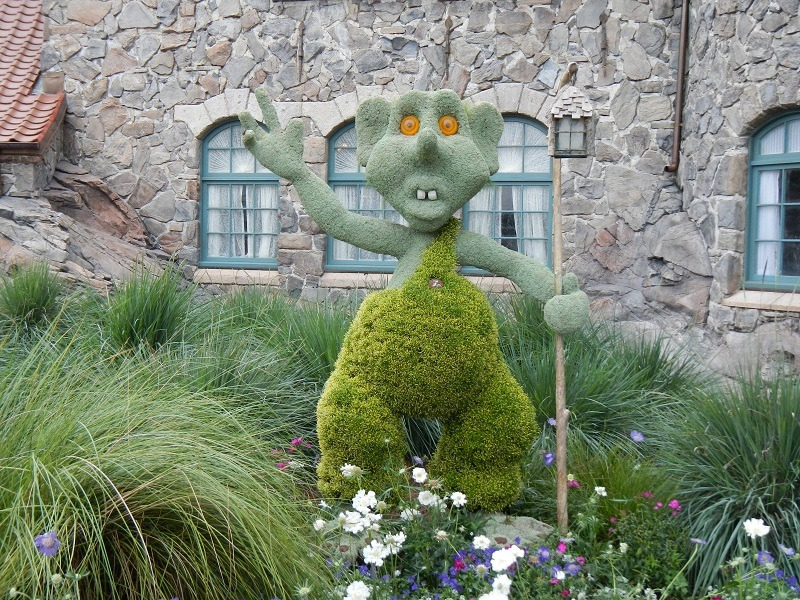 Norway would not be complete without a troll topiary