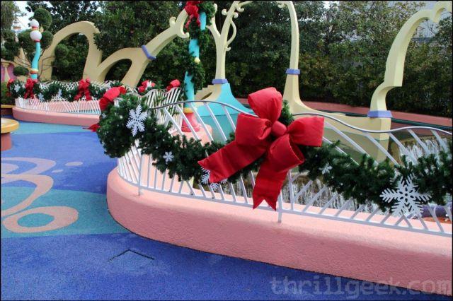 More Grinchmas decorations