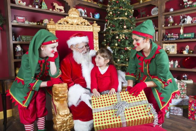 Welcome to Santa's House at Christmas Town 1-1