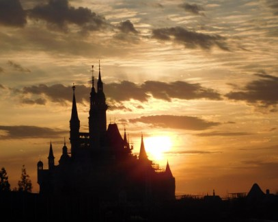 Shanghai Disneyland celebrates 100 days until opening with new photos 4