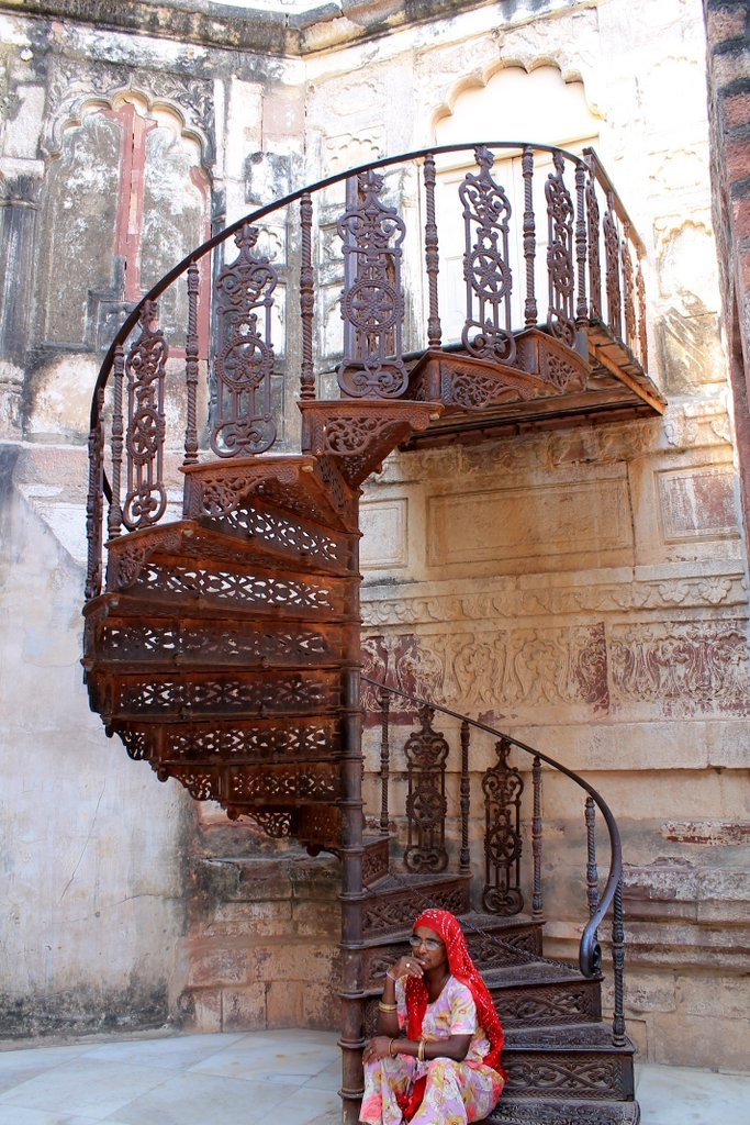 Spiral staircase at Mehrangarh Fort