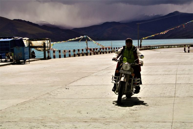 16 days Motorbike Ride to Everest Base Camp