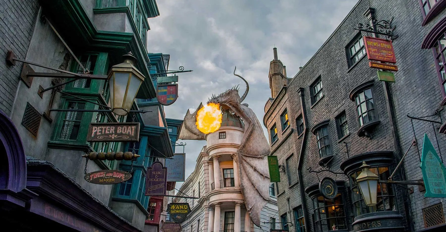 A Struggling Tokyo Amusement Park Is About to Become a Harry Potter Paradise