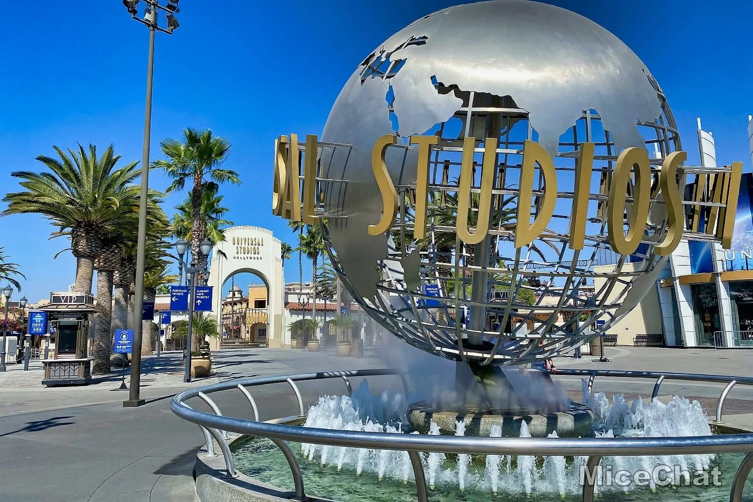 Universal Hollywood CityWalk – An Uncrowded Slice of Theme Park Life