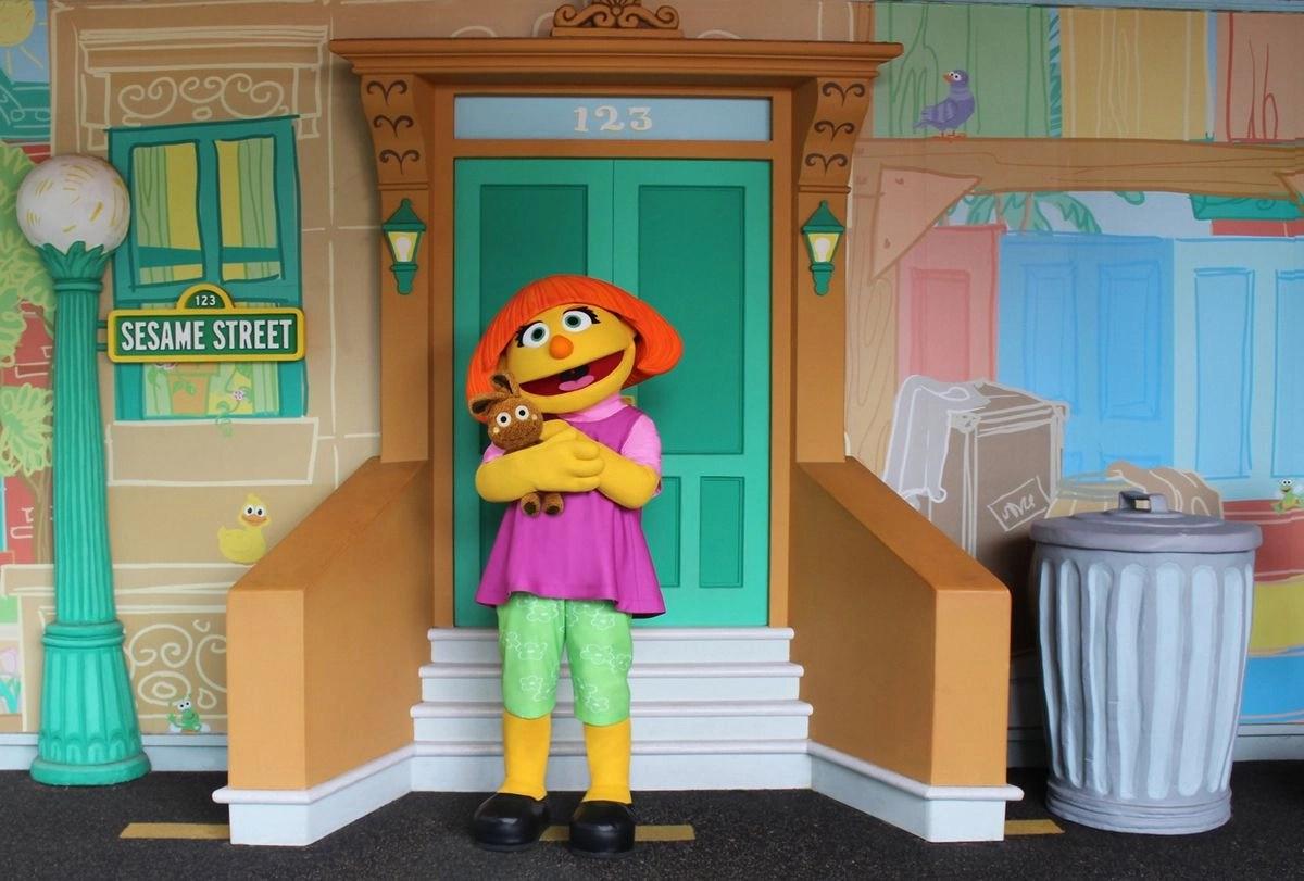 SeaWorld: Julia from 'Sesame Street' visiting theme park