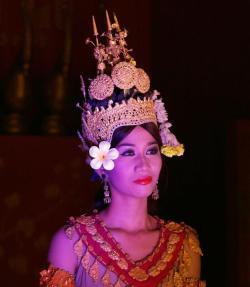 Cambodian dancer