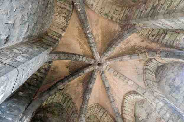 Ceiling Arcs, North Tower