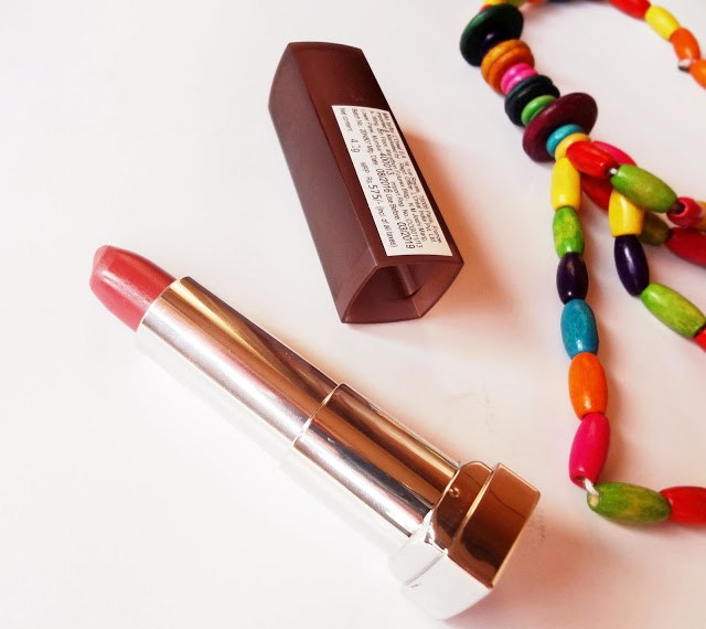Maybelline color sensational creamy matte lipstick in 660 Touch of Spice