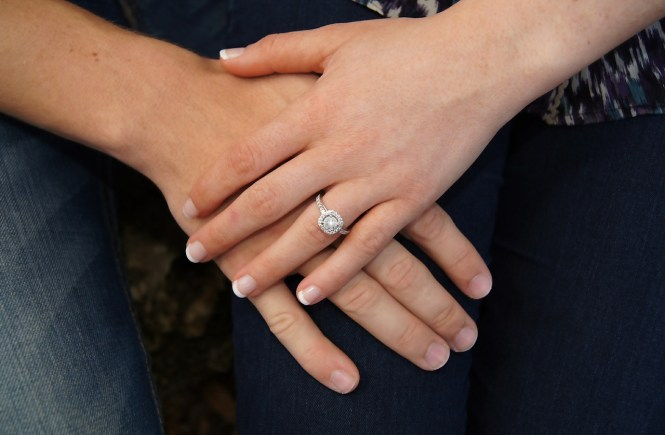 Great Reasons To Consider Buying An Antique Engagement Ring