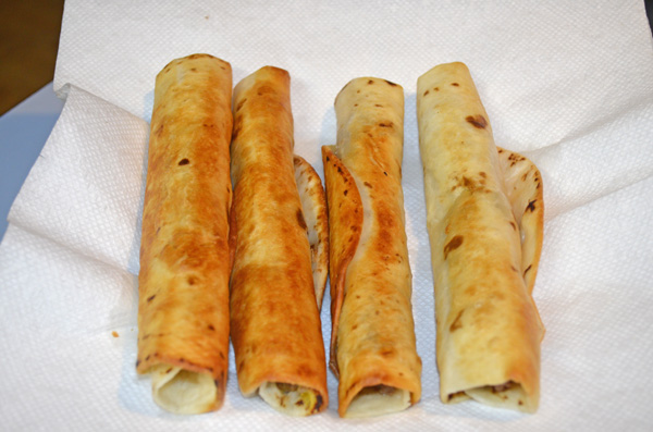 Homemade Beef and Cheese Taquitos by 3GLOL.net