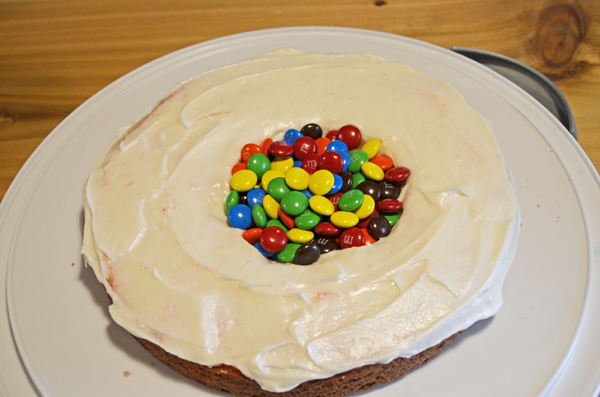 Fun Filled Velvet Cake by 3glol.net