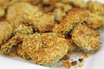 Close up of Easy Air Fryer Fried Pickles