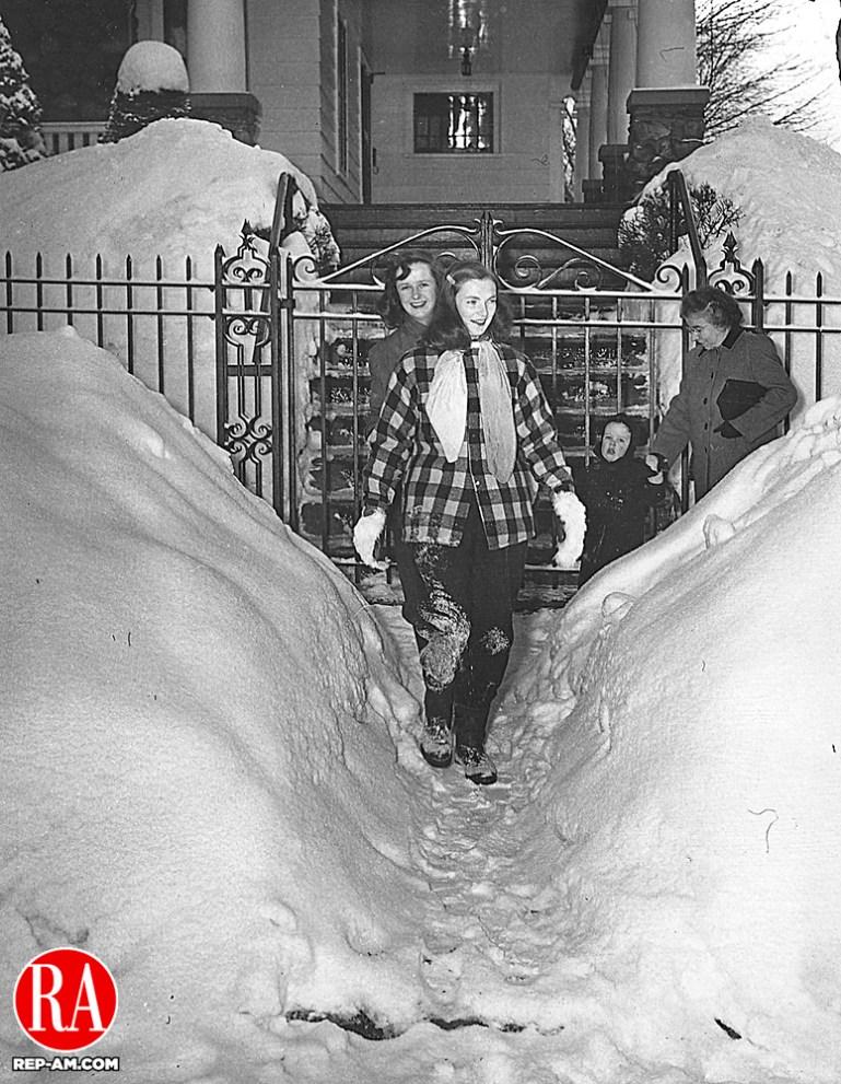 TBT_womansnowpile1948_BLOG