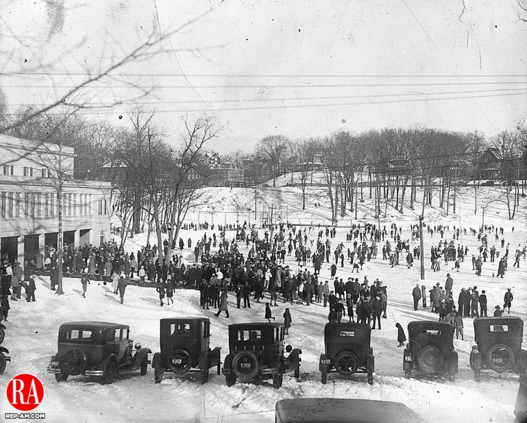A crowd of 4,000 people attended the Republican-American Silver Skates Derby at Hamilton Park on January 6, 1929.