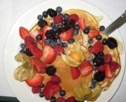 Pancakes, berries and Maple syrup - Yum