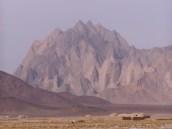 Afghanistan – Sehnsuchtsort Alexander von Humboldts: Berglandschaft in Farah. Foto: Thomas Ruttig (2006).