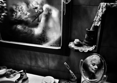 Fausto Podavini, Italy Mirella - World Press Photo 2013