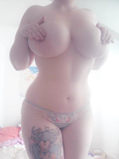 tumblr busty women